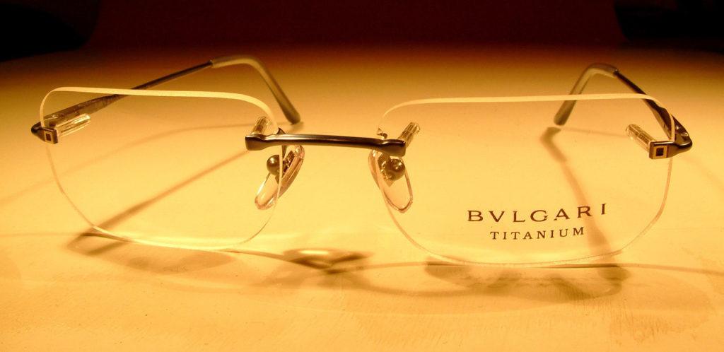 Einkaufsberatung beim Brillenkauf