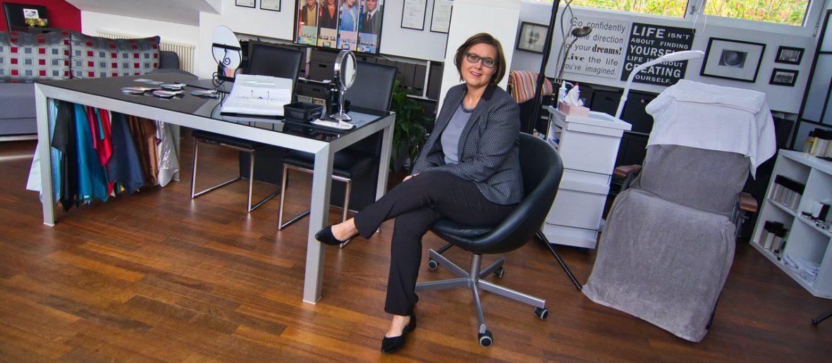 Claudia Hansen in Ihrem Beratungsstudio in Gersfeld